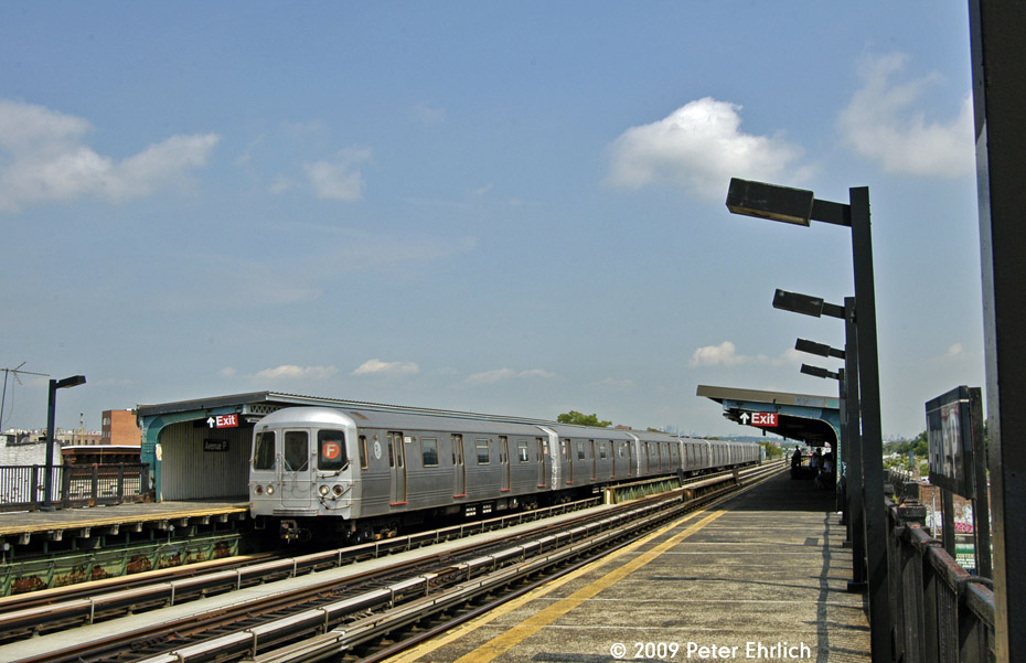 (180k, 930x601)<br><b>Country:</b> United States<br><b>City:</b> New York<br><b>System:</b> New York City Transit<br><b>Line:</b> BMT Culver Line<br><b>Location:</b> Avenue P <br><b>Route:</b> F<br><b>Car:</b> R-46 (Pullman-Standard, 1974-75) 6068 <br><b>Photo by:</b> Peter Ehrlich<br><b>Date:</b> 7/22/2009<br><b>Notes:</b> Outbound<br><b>Viewed (this week/total):</b> 0 / 276