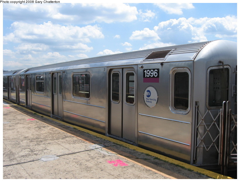 (132k, 820x620)<br><b>Country:</b> United States<br><b>City:</b> New York<br><b>System:</b> New York City Transit<br><b>Line:</b> IRT Flushing Line<br><b>Location:</b> Willets Point/Mets (fmr. Shea Stadium) <br><b>Route:</b> 7<br><b>Car:</b> R-62A (Bombardier, 1984-1987)  1996 <br><b>Photo by:</b> Gary Chatterton<br><b>Date:</b> 6/18/2008<br><b>Viewed (this week/total):</b> 0 / 1113