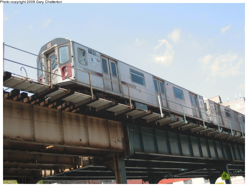 (108k, 820x620)<br><b>Country:</b> United States<br><b>City:</b> New York<br><b>System:</b> New York City Transit<br><b>Line:</b> IRT Woodlawn Line<br><b>Location:</b> 183rd Street <br><b>Route:</b> 4<br><b>Car:</b> R-142 (Option Order, Bombardier, 2002-2003)  1195 <br><b>Photo by:</b> Gary Chatterton<br><b>Date:</b> 5/4/2008<br><b>Viewed (this week/total):</b> 0 / 1322