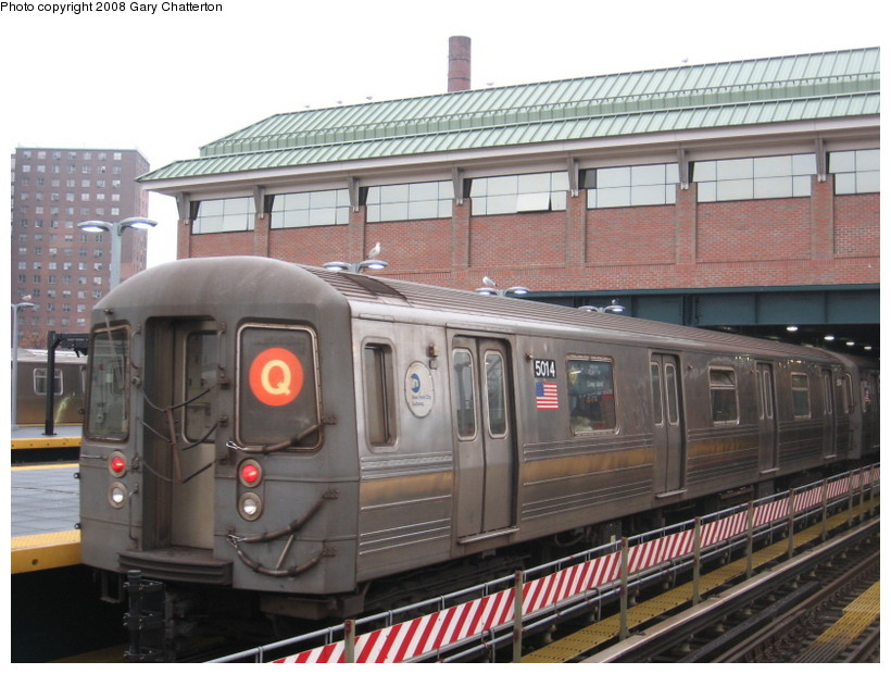 (141k, 820x620)<br><b>Country:</b> United States<br><b>City:</b> New York<br><b>System:</b> New York City Transit<br><b>Location:</b> Coney Island/Stillwell Avenue<br><b>Route:</b> Q<br><b>Car:</b> R-68A (Kawasaki, 1988-1989)  5014 <br><b>Photo by:</b> Gary Chatterton<br><b>Date:</b> 11/26/2007<br><b>Viewed (this week/total):</b> 4 / 1143