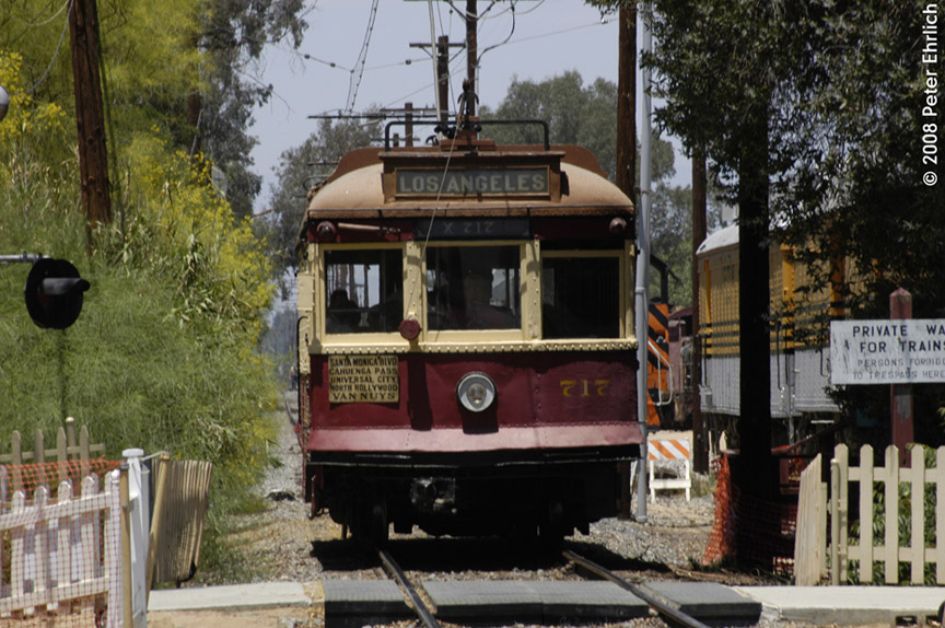 (217k, 864x574)<br><b>Country:</b> United States<br><b>City:</b> Perris, CA<br><b>System:</b> Orange Empire Railway Museum <br><b>Car:</b>  717 <br><b>Photo by:</b> Peter Ehrlich<br><b>Date:</b> 6/15/2008<br><b>Notes:</b> Hollywood car 717; Approaching Pinacate Station inbound.<br><b>Viewed (this week/total):</b> 0 / 518
