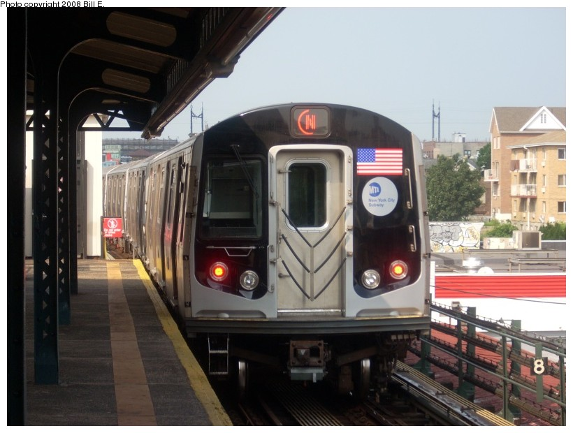(153k, 820x620)<br><b>Country:</b> United States<br><b>City:</b> New York<br><b>System:</b> New York City Transit<br><b>Line:</b> BMT Astoria Line<br><b>Location:</b> Astoria Boulevard/Hoyt Avenue <br><b>Route:</b> N<br><b>Car:</b> R-160A/R-160B Series (Number Unknown)  <br><b>Photo by:</b> Bill E.<br><b>Date:</b> 7/8/2008<br><b>Viewed (this week/total):</b> 0 / 1089