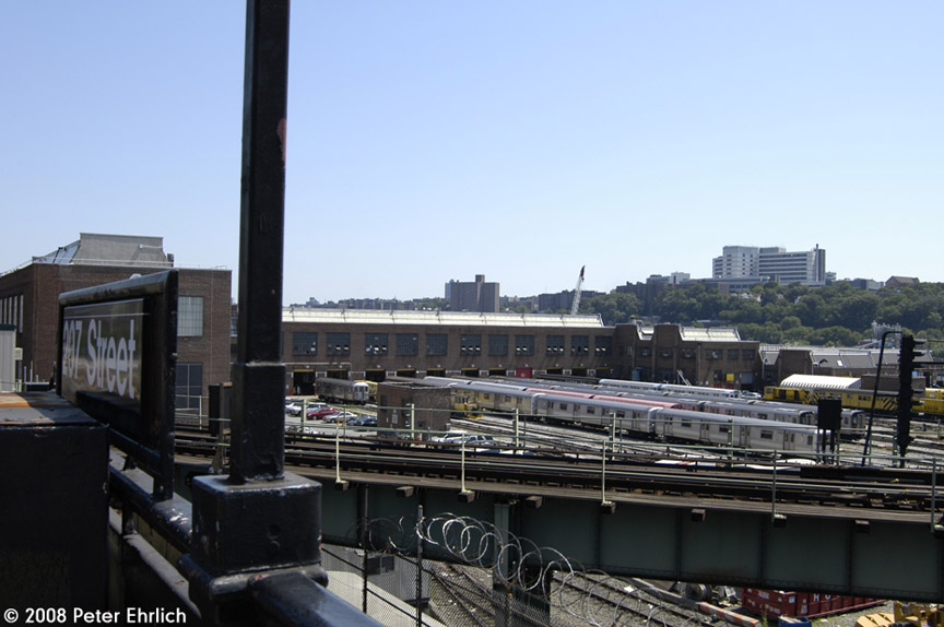 (152k, 864x574)<br><b>Country:</b> United States<br><b>City:</b> New York<br><b>System:</b> New York City Transit<br><b>Location:</b> 207th Street Yard<br><b>Photo by:</b> Peter Ehrlich<br><b>Date:</b> 7/15/2008<br><b>Notes:</b> General overview from 207th Street IRT Station.<br><b>Viewed (this week/total):</b> 0 / 726