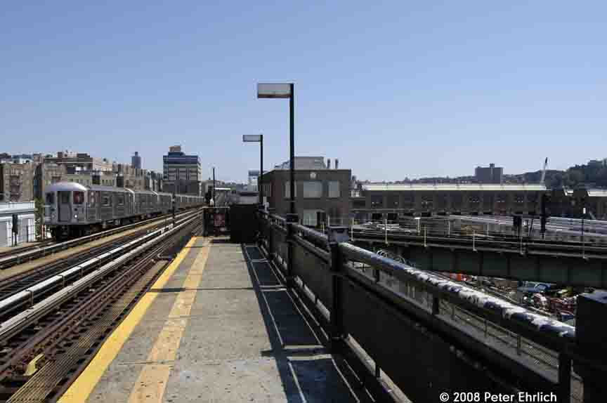 (64k, 864x574)<br><b>Country:</b> United States<br><b>City:</b> New York<br><b>System:</b> New York City Transit<br><b>Line:</b> IRT West Side Line<br><b>Location:</b> 207th Street <br><b>Car:</b> R-62A (Bombardier, 1984-1987)  2396 <br><b>Photo by:</b> Peter Ehrlich<br><b>Date:</b> 7/15/2008<br><b>Notes:</b> Approaching inbound.  Trains in 207th Street Yard on right.<br><b>Viewed (this week/total):</b> 2 / 1039