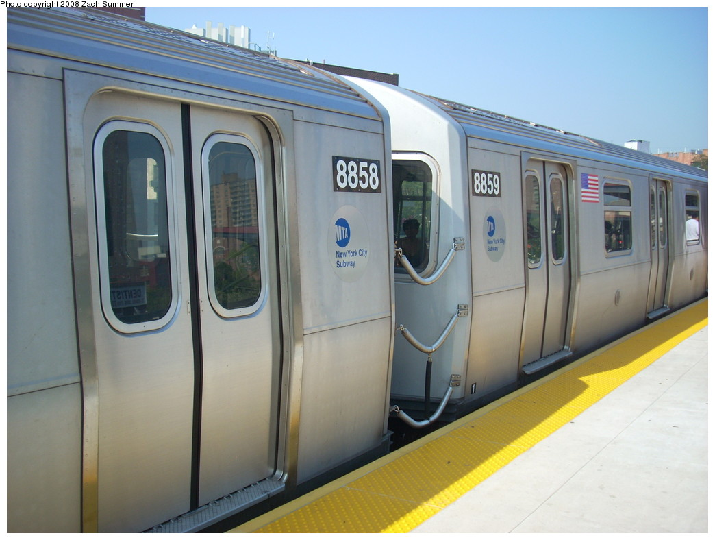 (207k, 1044x788)<br><b>Country:</b> United States<br><b>City:</b> New York<br><b>System:</b> New York City Transit<br><b>Line:</b> BMT Brighton Line<br><b>Location:</b> Ocean Parkway <br><b>Route:</b> Q<br><b>Car:</b> R-160B (Kawasaki, 2005-2008)  8858/8859 <br><b>Photo by:</b> Zach Summer<br><b>Date:</b> 7/29/2008<br><b>Viewed (this week/total):</b> 2 / 1680