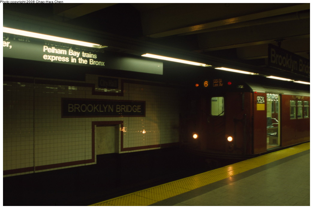 (106k, 1044x697)<br><b>Country:</b> United States<br><b>City:</b> New York<br><b>System:</b> New York City Transit<br><b>Line:</b> IRT East Side Line<br><b>Location:</b> Brooklyn Bridge/City Hall <br><b>Route:</b> 6<br><b>Car:</b> R-36 Main Line (St. Louis, 1964) 9524 <br><b>Photo by:</b> Chao-Hwa Chen<br><b>Date:</b> 6/17/2001<br><b>Viewed (this week/total):</b> 2 / 2054
