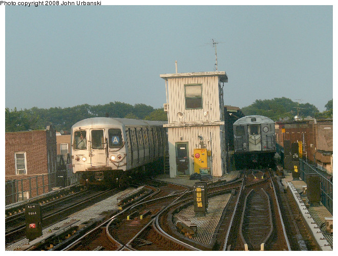 (135k, 660x500)<br><b>Country:</b> United States<br><b>City:</b> New York<br><b>System:</b> New York City Transit<br><b>Line:</b> IND Fulton Street Line<br><b>Location:</b> Lefferts Boulevard <br><b>Route:</b> A<br><b>Car:</b> R-44 (St. Louis, 1971-73) 5440 <br><b>Photo by:</b> John Urbanski<br><b>Date:</b> 7/26/2008<br><b>Viewed (this week/total):</b> 2 / 2198