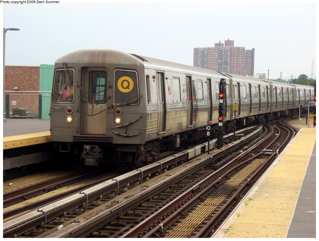 (197k, 1044x788)<br><b>Country:</b> United States<br><b>City:</b> New York<br><b>System:</b> New York City Transit<br><b>Location:</b> Coney Island/Stillwell Avenue<br><b>Route:</b> Q<br><b>Car:</b> R-68A (Kawasaki, 1988-1989)  5128 <br><b>Photo by:</b> Zach Summer<br><b>Date:</b> 7/9/2008<br><b>Viewed (this week/total):</b> 1 / 861