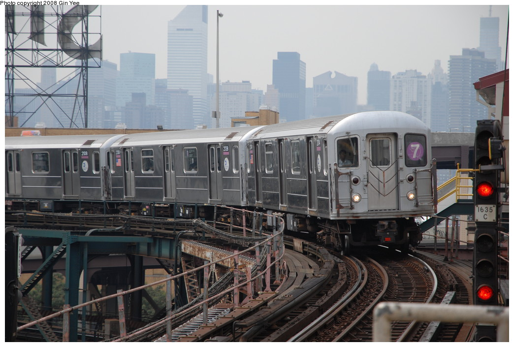 (229k, 1044x705)<br><b>Country:</b> United States<br><b>City:</b> New York<br><b>System:</b> New York City Transit<br><b>Line:</b> IRT Flushing Line<br><b>Location:</b> Queensborough Plaza <br><b>Route:</b> 7<br><b>Car:</b> R-62A (Bombardier, 1984-1987)  2014 <br><b>Photo by:</b> Gin Yee<br><b>Date:</b> 7/30/2008<br><b>Viewed (this week/total):</b> 2 / 906