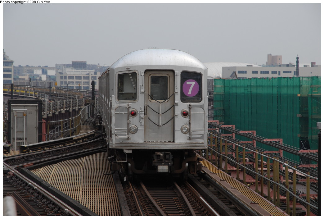(208k, 1044x705)<br><b>Country:</b> United States<br><b>City:</b> New York<br><b>System:</b> New York City Transit<br><b>Line:</b> IRT Flushing Line<br><b>Location:</b> Queensborough Plaza <br><b>Route:</b> 7<br><b>Car:</b> R-62A (Bombardier, 1984-1987)   <br><b>Photo by:</b> Gin Yee<br><b>Date:</b> 7/30/2008<br><b>Viewed (this week/total):</b> 1 / 1136