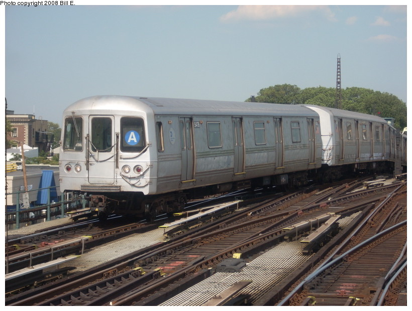 (171k, 820x620)<br><b>Country:</b> United States<br><b>City:</b> New York<br><b>System:</b> New York City Transit<br><b>Line:</b> IND Fulton Street Line<br><b>Location:</b> Rockaway Boulevard <br><b>Route:</b> A<br><b>Car:</b> R-44 (St. Louis, 1971-73) 5478 <br><b>Photo by:</b> Bill E.<br><b>Date:</b> 7/25/2008<br><b>Viewed (this week/total):</b> 0 / 980