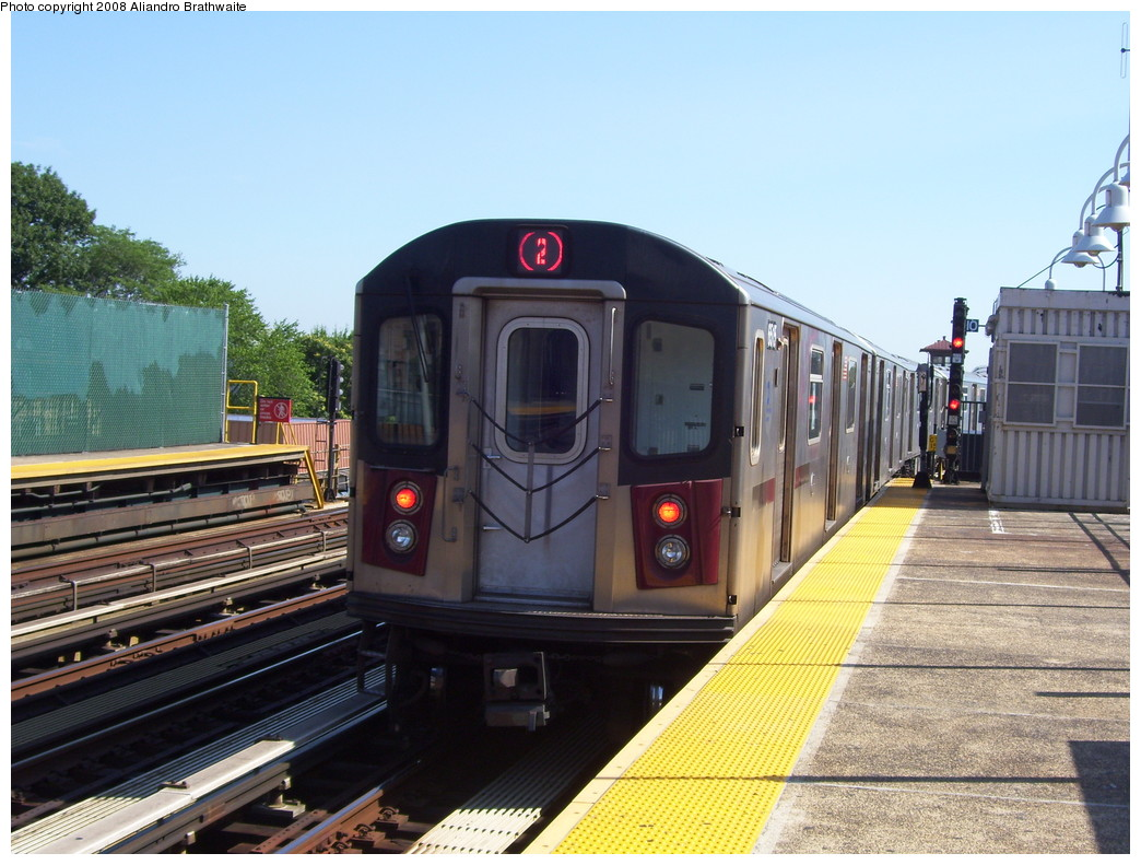 (237k, 1044x791)<br><b>Country:</b> United States<br><b>City:</b> New York<br><b>System:</b> New York City Transit<br><b>Line:</b> IRT White Plains Road Line<br><b>Location:</b> 238th Street (Nereid Avenue) <br><b>Route:</b> 2<br><b>Car:</b> R-142 (Primary Order, Bombardier, 1999-2002)  6515 <br><b>Photo by:</b> Aliandro Brathwaite<br><b>Date:</b> 7/25/2008<br><b>Viewed (this week/total):</b> 2 / 1762