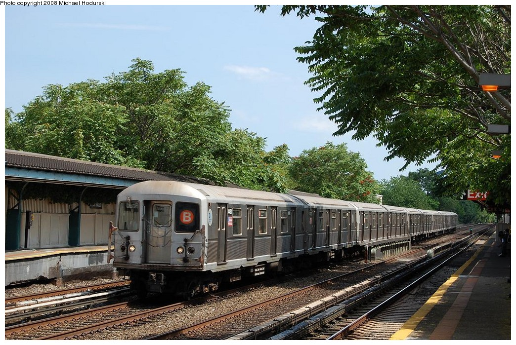(332k, 1044x699)<br><b>Country:</b> United States<br><b>City:</b> New York<br><b>System:</b> New York City Transit<br><b>Line:</b> BMT Brighton Line<br><b>Location:</b> Neck Road <br><b>Route:</b> B<br><b>Car:</b> R-40M (St. Louis, 1969)  4491 <br><b>Photo by:</b> Michael Hodurski<br><b>Date:</b> 6/24/2008<br><b>Viewed (this week/total):</b> 1 / 915