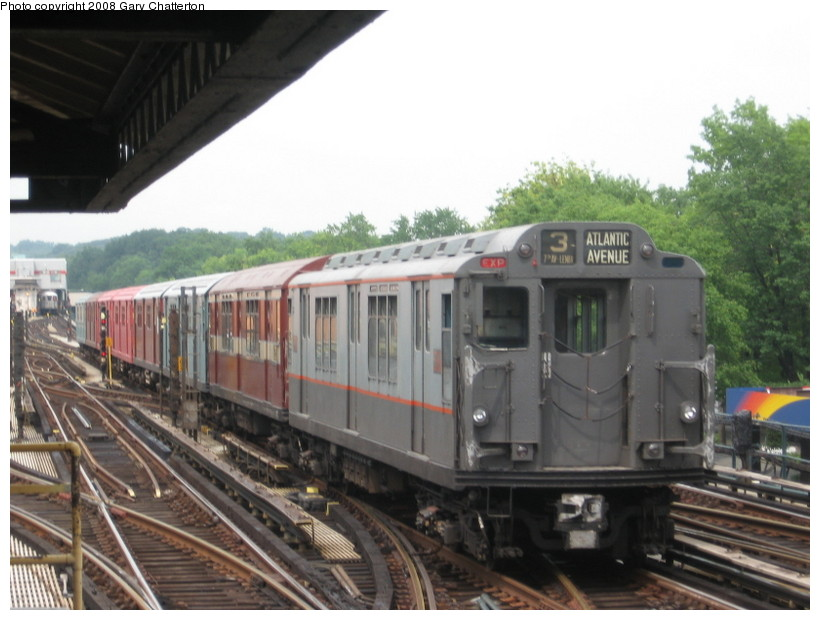 (123k, 820x620)<br><b>Country:</b> United States<br><b>City:</b> New York<br><b>System:</b> New York City Transit<br><b>Line:</b> IRT West Side Line<br><b>Location:</b> 238th Street <br><b>Route:</b> Transit Museum Nostalgia Train<br><b>Car:</b> R-12 (American Car & Foundry, 1948) 5760 <br><b>Photo by:</b> Gary Chatterton<br><b>Date:</b> 8/2/2008<br><b>Viewed (this week/total):</b> 3 / 1518