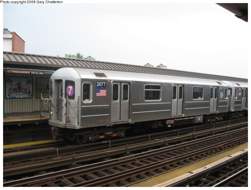 (119k, 820x620)<br><b>Country:</b> United States<br><b>City:</b> New York<br><b>System:</b> New York City Transit<br><b>Line:</b> IRT Flushing Line<br><b>Location:</b> 52nd Street/Lincoln Avenue <br><b>Route:</b> 7<br><b>Car:</b> R-62A (Bombardier, 1984-1987)  2007 <br><b>Photo by:</b> Gary Chatterton<br><b>Date:</b> 8/2/2008<br><b>Viewed (this week/total):</b> 0 / 735