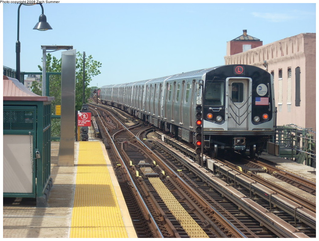 (295k, 1044x788)<br><b>Country:</b> United States<br><b>City:</b> New York<br><b>System:</b> New York City Transit<br><b>Line:</b> BMT Canarsie Line<br><b>Location:</b> Livonia Avenue <br><b>Route:</b> L<br><b>Car:</b> R-143 (Kawasaki, 2001-2002) 8309 <br><b>Photo by:</b> Zach Summer<br><b>Date:</b> 7/10/2008<br><b>Viewed (this week/total):</b> 2 / 2150
