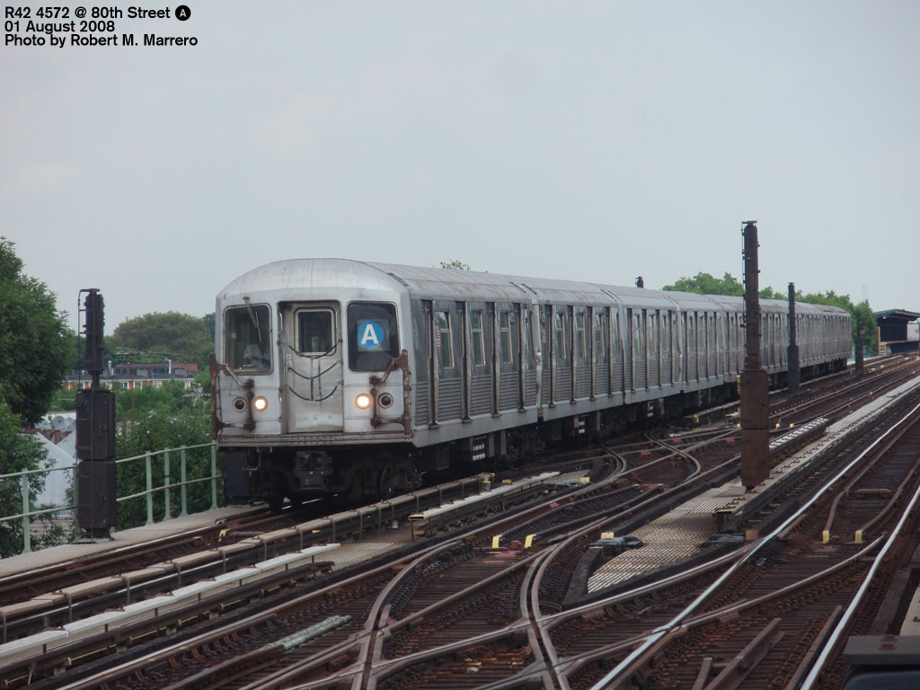 (176k, 1024x768)<br><b>Country:</b> United States<br><b>City:</b> New York<br><b>System:</b> New York City Transit<br><b>Line:</b> IND Fulton Street Line<br><b>Location:</b> 80th Street/Hudson Street <br><b>Route:</b> A<br><b>Car:</b> R-42 (St. Louis, 1969-1970)  4572 <br><b>Photo by:</b> Robert Marrero<br><b>Date:</b> 8/1/2008<br><b>Viewed (this week/total):</b> 1 / 1143