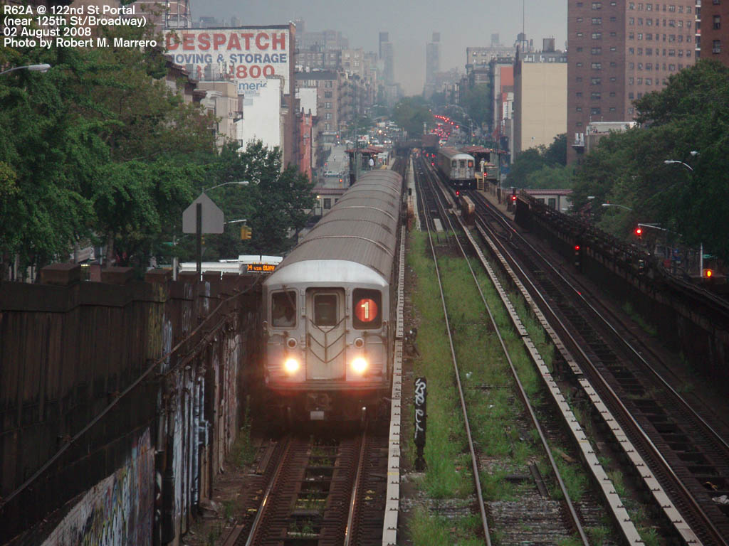 (171k, 1024x768)<br><b>Country:</b> United States<br><b>City:</b> New York<br><b>System:</b> New York City Transit<br><b>Line:</b> IRT West Side Line<br><b>Location:</b> 125th Street <br><b>Route:</b> 1<br><b>Car:</b> R-62A (Bombardier, 1984-1987)   <br><b>Photo by:</b> Robert Marrero<br><b>Date:</b> 8/2/2008<br><b>Notes:</b> 122nd Street Portal<br><b>Viewed (this week/total):</b> 7 / 3378