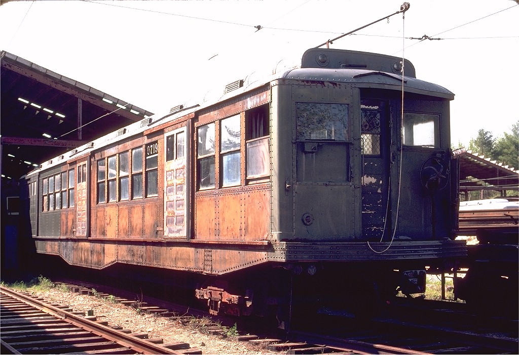 (223k, 1024x702)<br><b>Country:</b> United States<br><b>City:</b> Kennebunk, ME<br><b>System:</b> Seashore Trolley Museum <br><b>Car:</b> MBTA 0700 Series Cambridge-Dorchester (Osgood-Bradley, 1927)  0719 <br><b>Photo by:</b> Gerald H. Landau<br><b>Date:</b> 5/24/1981<br><b>Viewed (this week/total):</b> 0 / 725