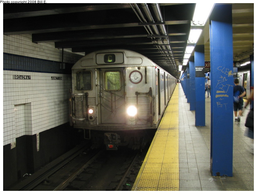 (126k, 820x620)<br><b>Country:</b> United States<br><b>City:</b> New York<br><b>System:</b> New York City Transit<br><b>Line:</b> IND Fulton Street Line<br><b>Location:</b> Broadway/East New York (Broadway Junction) <br><b>Route:</b> C<br><b>Car:</b> R-38 (St. Louis, 1966-1967)  3995 <br><b>Photo by:</b> Bill E.<br><b>Date:</b> 8/8/2008<br><b>Viewed (this week/total):</b> 0 / 1160