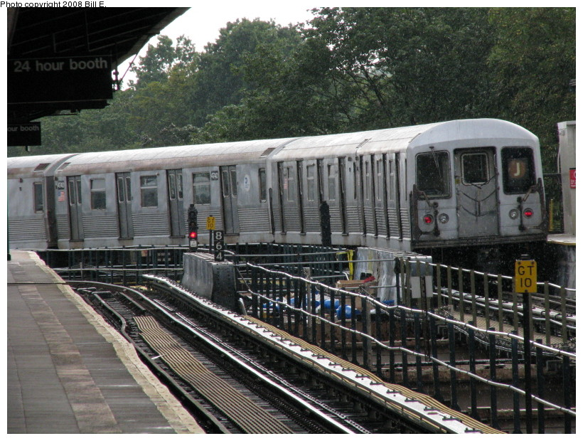 (190k, 820x620)<br><b>Country:</b> United States<br><b>City:</b> New York<br><b>System:</b> New York City Transit<br><b>Line:</b> BMT Nassau Street/Jamaica Line<br><b>Location:</b> Cypress Hills <br><b>Route:</b> J<br><b>Car:</b> R-42 (St. Louis, 1969-1970)  4740 <br><b>Photo by:</b> Bill E.<br><b>Date:</b> 8/8/2008<br><b>Viewed (this week/total):</b> 2 / 1632