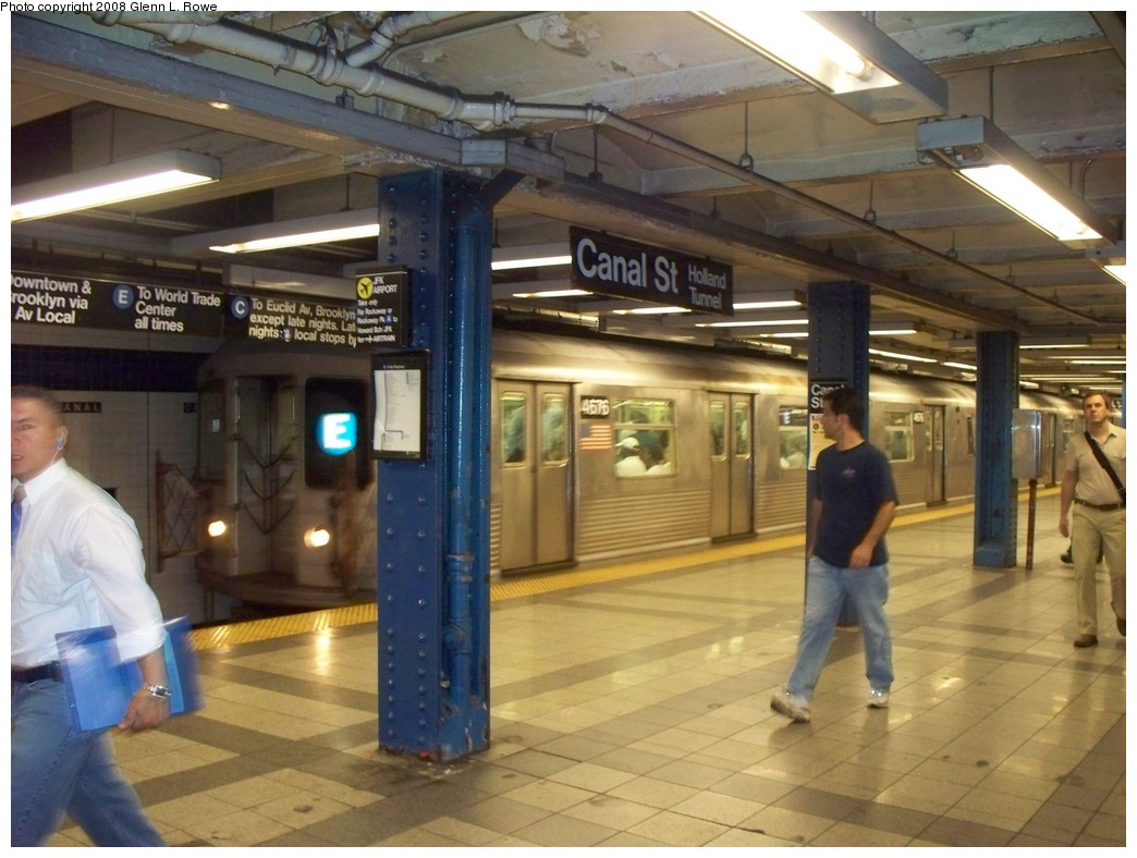 (207k, 1044x788)<br><b>Country:</b> United States<br><b>City:</b> New York<br><b>System:</b> New York City Transit<br><b>Line:</b> IND 8th Avenue Line<br><b>Location:</b> Canal Street-Holland Tunnel <br><b>Route:</b> E<br><b>Car:</b> R-42 (St. Louis, 1969-1970)  4676 <br><b>Photo by:</b> Glenn L. Rowe<br><b>Date:</b> 8/7/2008<br><b>Viewed (this week/total):</b> 14 / 2061