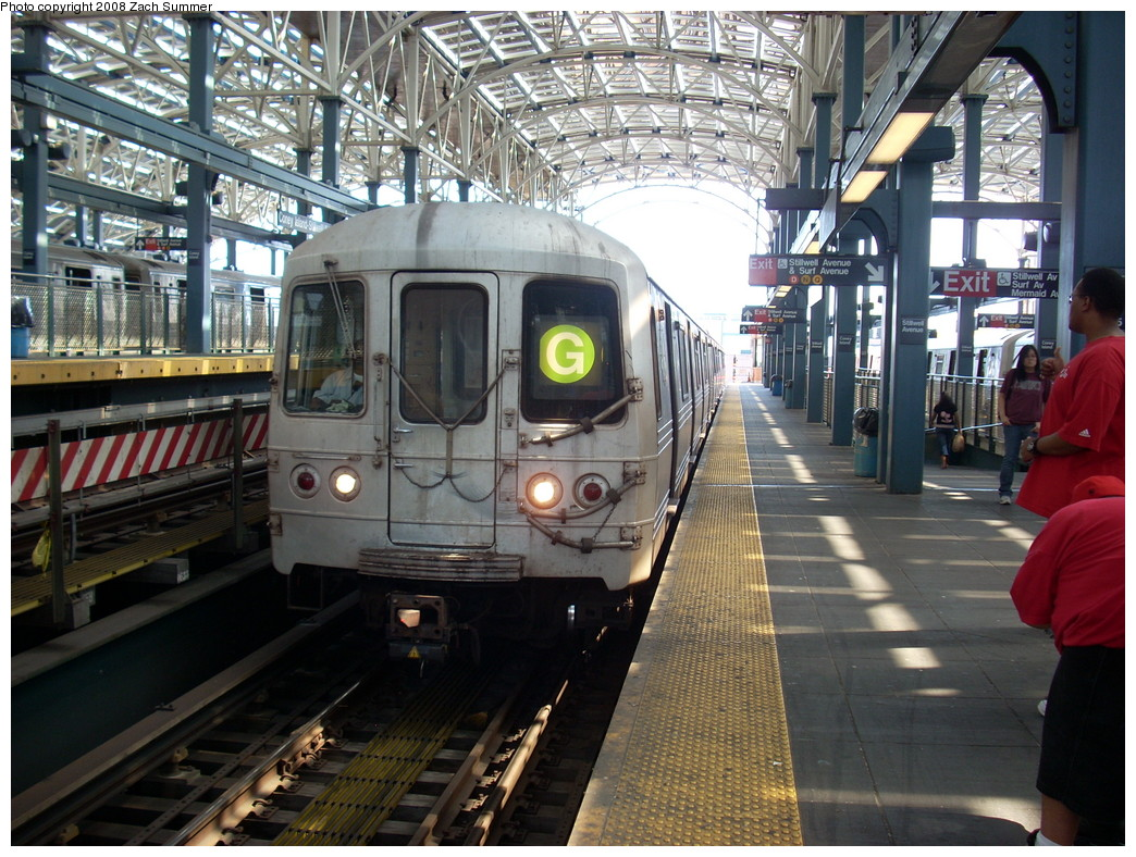 (310k, 1044x788)<br><b>Country:</b> United States<br><b>City:</b> New York<br><b>System:</b> New York City Transit<br><b>Location:</b> Coney Island/Stillwell Avenue<br><b>Route:</b> G<br><b>Car:</b> R-46 (Pullman-Standard, 1974-75) 6204 <br><b>Photo by:</b> Zach Summer<br><b>Date:</b> 7/13/2008<br><b>Viewed (this week/total):</b> 3 / 993