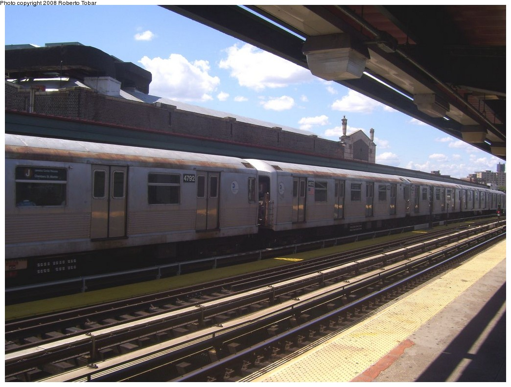 (204k, 1044x791)<br><b>Country:</b> United States<br><b>City:</b> New York<br><b>System:</b> New York City Transit<br><b>Line:</b> BMT Nassau Street/Jamaica Line<br><b>Location:</b> Chauncey Street <br><b>Route:</b> J<br><b>Car:</b> R-42 (St. Louis, 1969-1970)  4792 <br><b>Photo by:</b> Roberto C. Tobar<br><b>Date:</b> 8/16/2008<br><b>Viewed (this week/total):</b> 0 / 884