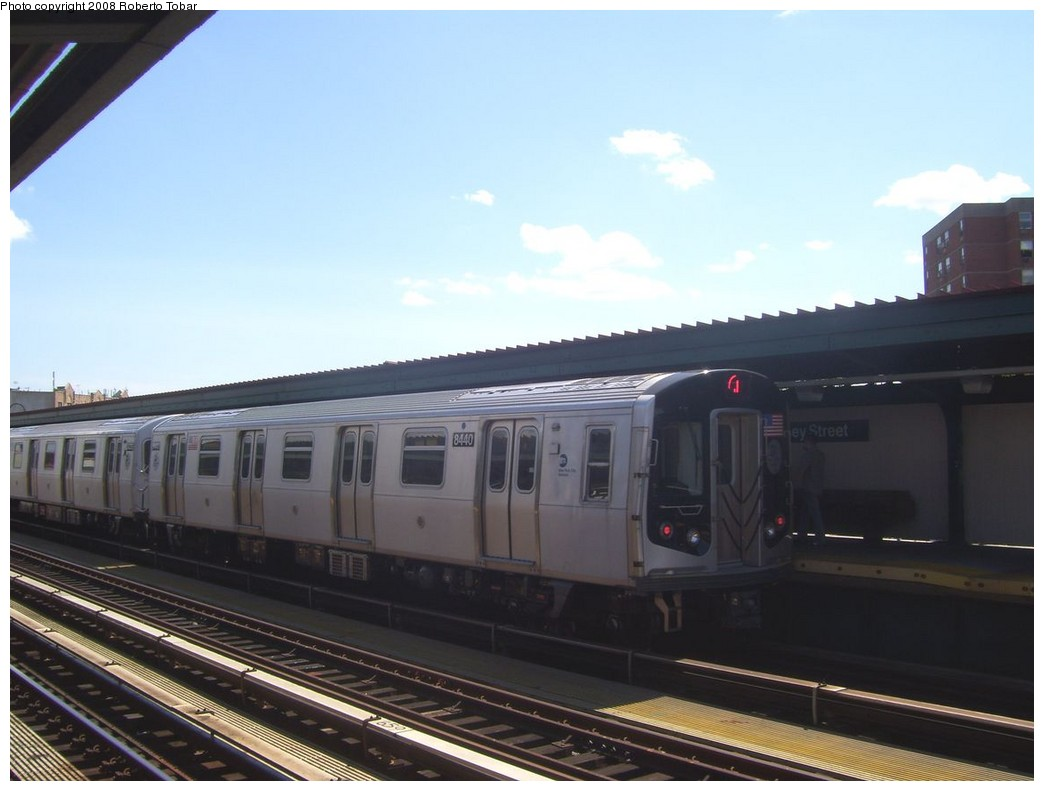 (152k, 1044x791)<br><b>Country:</b> United States<br><b>City:</b> New York<br><b>System:</b> New York City Transit<br><b>Line:</b> BMT Nassau Street/Jamaica Line<br><b>Location:</b> Halsey Street <br><b>Route:</b> J<br><b>Car:</b> R-160A-1 (Alstom, 2005-2008, 4 car sets)  8440 <br><b>Photo by:</b> Roberto C. Tobar<br><b>Date:</b> 8/16/2008<br><b>Viewed (this week/total):</b> 0 / 795
