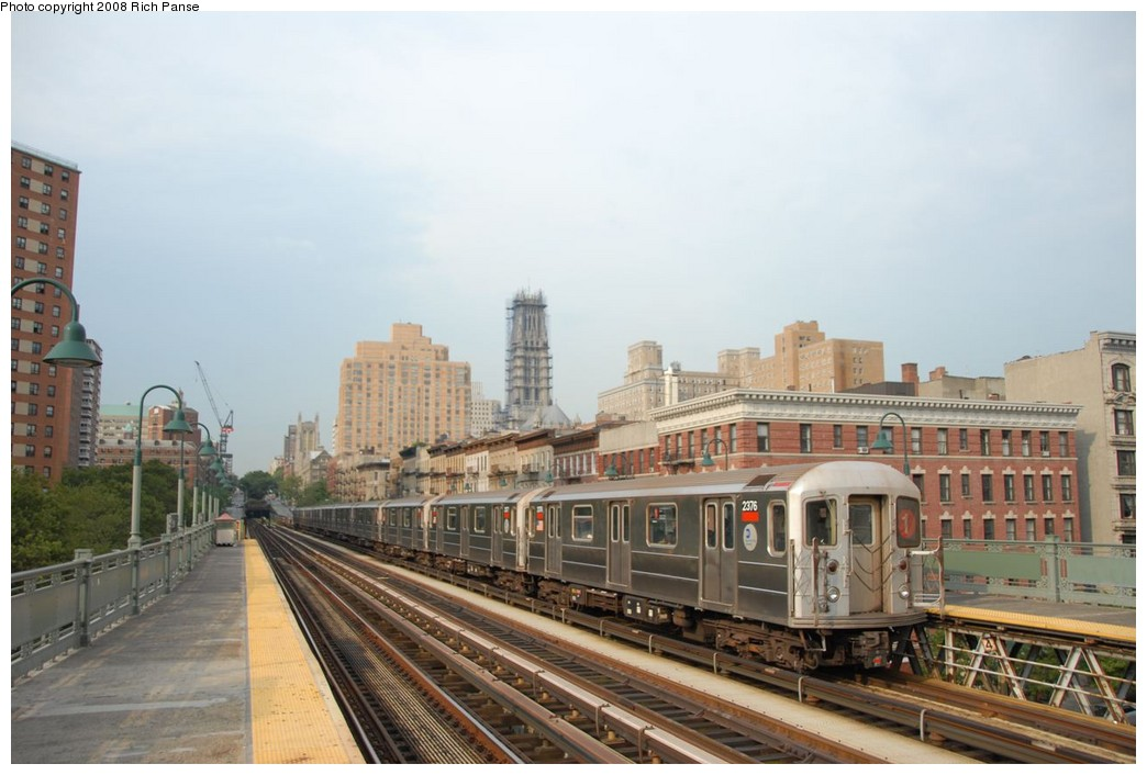 (186k, 1044x706)<br><b>Country:</b> United States<br><b>City:</b> New York<br><b>System:</b> New York City Transit<br><b>Line:</b> IRT West Side Line<br><b>Location:</b> 125th Street <br><b>Route:</b> 1<br><b>Car:</b> R-62A (Bombardier, 1984-1987)  2376 <br><b>Photo by:</b> Richard Panse<br><b>Date:</b> 8/2/2008<br><b>Viewed (this week/total):</b> 0 / 1165