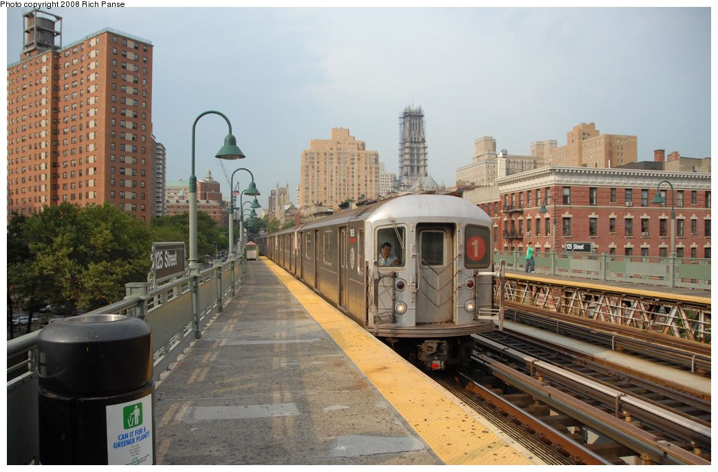 (192k, 1044x686)<br><b>Country:</b> United States<br><b>City:</b> New York<br><b>System:</b> New York City Transit<br><b>Line:</b> IRT West Side Line<br><b>Location:</b> 125th Street <br><b>Route:</b> 1<br><b>Car:</b> R-62A (Bombardier, 1984-1987)  1651 <br><b>Photo by:</b> Richard Panse<br><b>Date:</b> 8/2/2008<br><b>Viewed (this week/total):</b> 0 / 1547