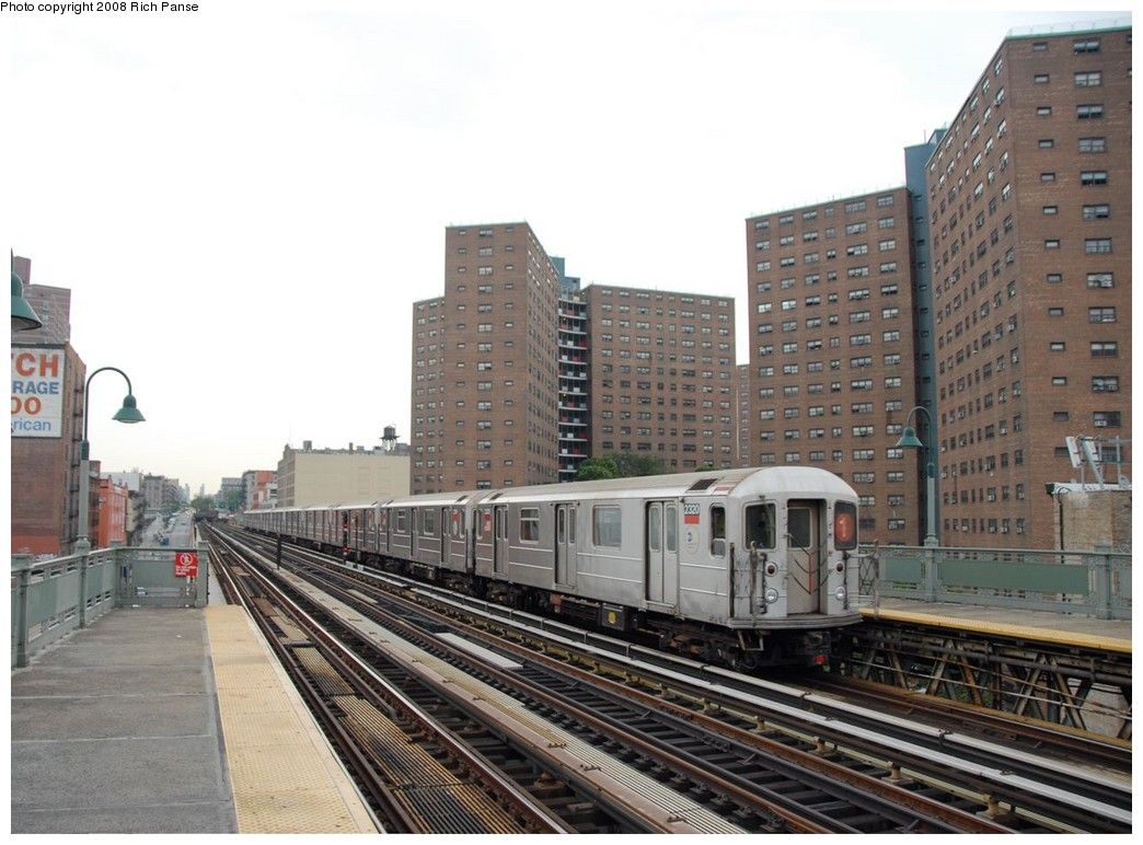 (194k, 1044x772)<br><b>Country:</b> United States<br><b>City:</b> New York<br><b>System:</b> New York City Transit<br><b>Line:</b> IRT West Side Line<br><b>Location:</b> 125th Street <br><b>Route:</b> 1<br><b>Car:</b> R-62A (Bombardier, 1984-1987)  2320 <br><b>Photo by:</b> Richard Panse<br><b>Date:</b> 8/2/2008<br><b>Viewed (this week/total):</b> 0 / 844