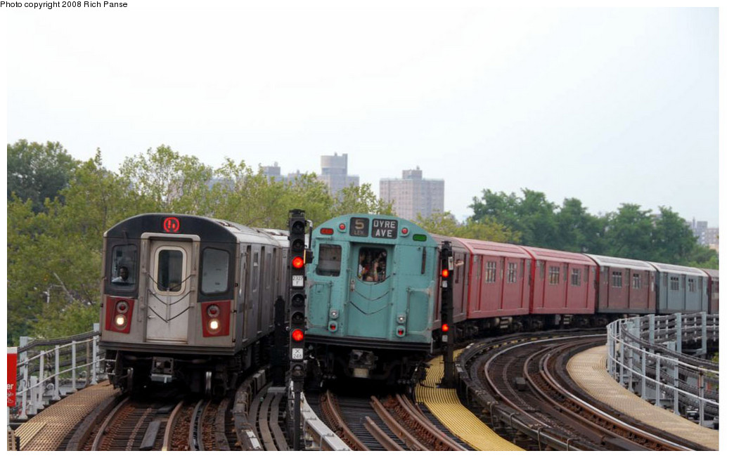 (178k, 1044x652)<br><b>Country:</b> United States<br><b>City:</b> New York<br><b>System:</b> New York City Transit<br><b>Line:</b> IRT White Plains Road Line<br><b>Location:</b> Jackson Avenue <br><b>Route:</b> Transit Museum Nostalgia Train<br><b>Car:</b> R-33 World's Fair (St. Louis, 1963-64) 9306 <br><b>Photo by:</b> Richard Panse<br><b>Date:</b> 8/2/2008<br><b>Viewed (this week/total):</b> 2 / 1179