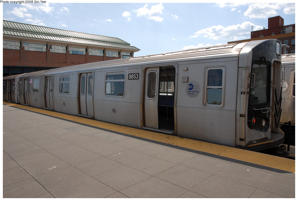 (201k, 1044x705)<br><b>Country:</b> United States<br><b>City:</b> New York<br><b>System:</b> New York City Transit<br><b>Location:</b> Coney Island/Stillwell Avenue<br><b>Route:</b> N<br><b>Car:</b> R-160B (Kawasaki, 2005-2008)  8853 <br><b>Photo by:</b> Gin Yee<br><b>Date:</b> 8/17/2008<br><b>Viewed (this week/total):</b> 0 / 838