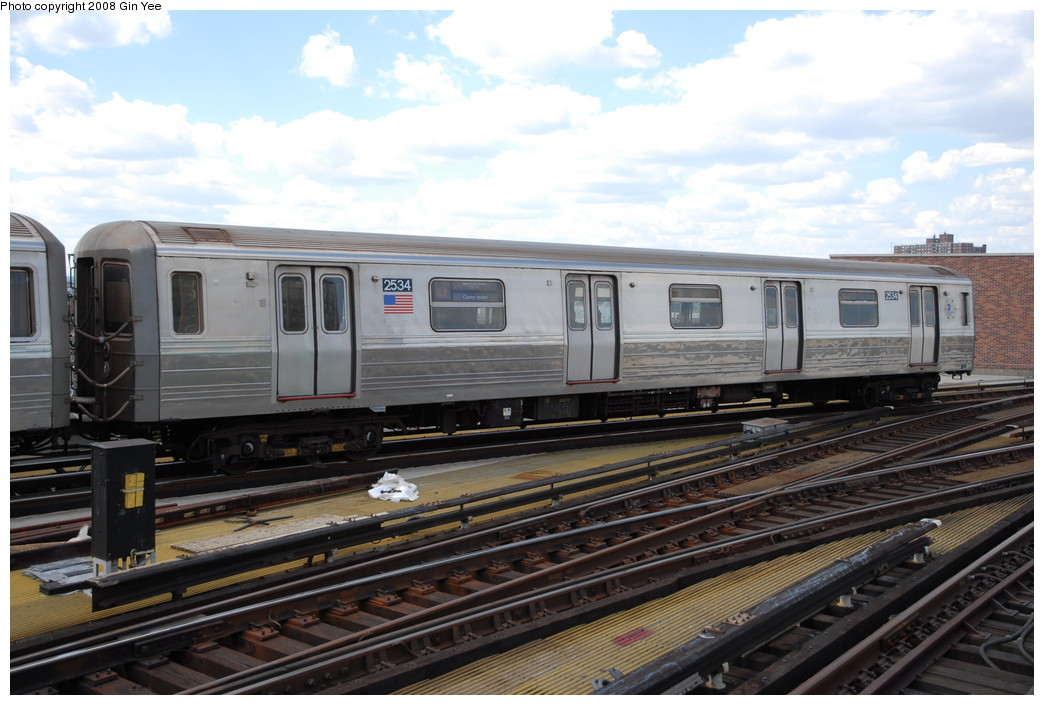 (218k, 1044x705)<br><b>Country:</b> United States<br><b>City:</b> New York<br><b>System:</b> New York City Transit<br><b>Location:</b> Coney Island/Stillwell Avenue<br><b>Route:</b> D<br><b>Car:</b> R-68 (Westinghouse-Amrail, 1986-1988)  2534 <br><b>Photo by:</b> Gin Yee<br><b>Date:</b> 8/17/2008<br><b>Viewed (this week/total):</b> 0 / 973