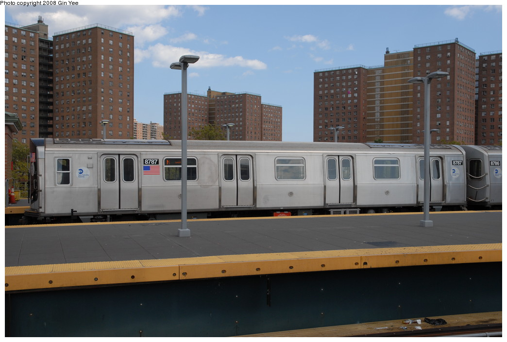 (192k, 1044x705)<br><b>Country:</b> United States<br><b>City:</b> New York<br><b>System:</b> New York City Transit<br><b>Location:</b> Coney Island/Stillwell Avenue<br><b>Route:</b> N<br><b>Car:</b> R-160B (Kawasaki, 2005-2008)  8787 <br><b>Photo by:</b> Gin Yee<br><b>Date:</b> 8/17/2008<br><b>Viewed (this week/total):</b> 5 / 786