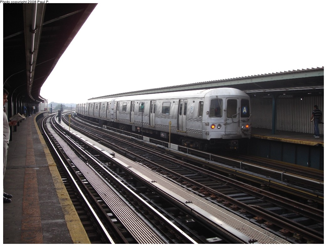 (207k, 1044x788)<br><b>Country:</b> United States<br><b>City:</b> New York<br><b>System:</b> New York City Transit<br><b>Line:</b> IND Fulton Street Line<br><b>Location:</b> Rockaway Boulevard <br><b>Route:</b> A<br><b>Car:</b> R-44 (St. Louis, 1971-73)  <br><b>Photo by:</b> Paul P.<br><b>Date:</b> 6/28/2008<br><b>Viewed (this week/total):</b> 0 / 895