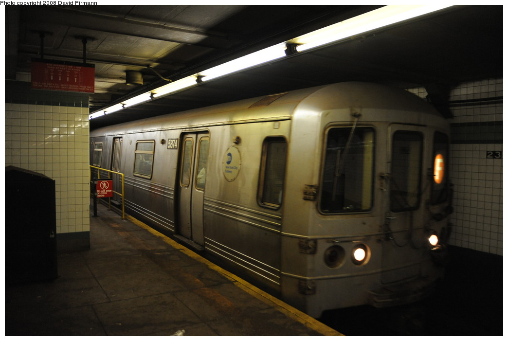 (200k, 1044x701)<br><b>Country:</b> United States<br><b>City:</b> New York<br><b>System:</b> New York City Transit<br><b>Line:</b> IND 6th Avenue Line<br><b>Location:</b> 23rd Street <br><b>Route:</b> F<br><b>Car:</b> R-46 (Pullman-Standard, 1974-75) 5874 <br><b>Photo by:</b> David Pirmann<br><b>Date:</b> 8/21/2008<br><b>Viewed (this week/total):</b> 3 / 1577