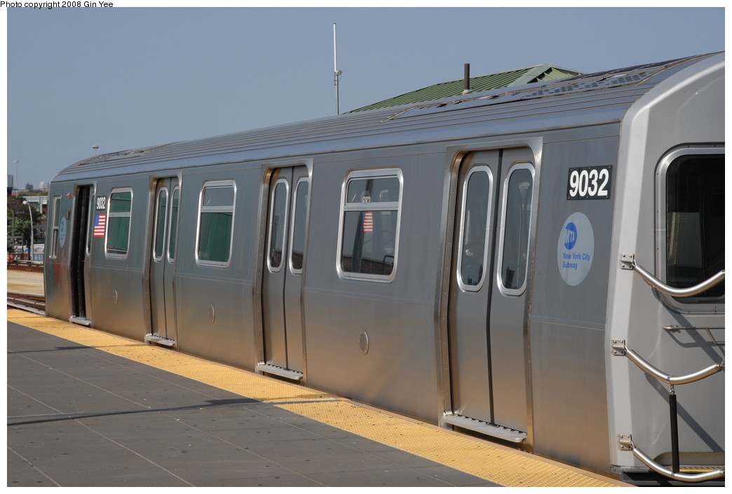(175k, 1044x705)<br><b>Country:</b> United States<br><b>City:</b> New York<br><b>System:</b> New York City Transit<br><b>Location:</b> Coney Island/Stillwell Avenue<br><b>Route:</b> Q<br><b>Car:</b> R-160B (Option 1) (Kawasaki, 2008-2009)  9032 <br><b>Photo by:</b> Gin Yee<br><b>Date:</b> 8/24/2008<br><b>Viewed (this week/total):</b> 4 / 906