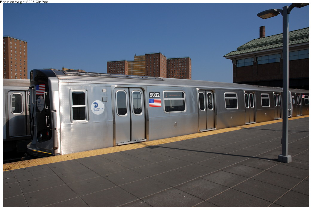 (180k, 1044x705)<br><b>Country:</b> United States<br><b>City:</b> New York<br><b>System:</b> New York City Transit<br><b>Location:</b> Coney Island/Stillwell Avenue<br><b>Route:</b> Q<br><b>Car:</b> R-160B (Option 1) (Kawasaki, 2008-2009)  9032 <br><b>Photo by:</b> Gin Yee<br><b>Date:</b> 8/24/2008<br><b>Viewed (this week/total):</b> 1 / 2106
