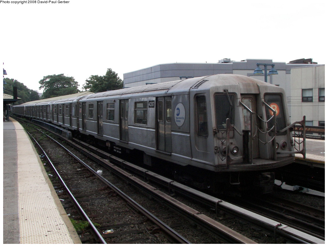 (236k, 1044x788)<br><b>Country:</b> United States<br><b>City:</b> New York<br><b>System:</b> New York City Transit<br><b>Line:</b> BMT Brighton Line<br><b>Location:</b> Sheepshead Bay <br><b>Route:</b> B<br><b>Car:</b> R-40 (St. Louis, 1968)  4287 <br><b>Photo by:</b> David-Paul Gerber<br><b>Date:</b> 7/3/2008<br><b>Viewed (this week/total):</b> 0 / 755