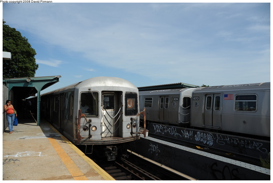 (206k, 1044x701)<br><b>Country:</b> United States<br><b>City:</b> New York<br><b>System:</b> New York City Transit<br><b>Line:</b> BMT Nassau Street/Jamaica Line<br><b>Location:</b> 75th Street/Elderts Lane <br><b>Route:</b> J<br><b>Car:</b> R-42 (St. Louis, 1969-1970)  4723 <br><b>Photo by:</b> David Pirmann<br><b>Date:</b> 8/27/2008<br><b>Viewed (this week/total):</b> 3 / 1612