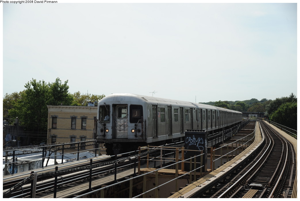 (228k, 1044x701)<br><b>Country:</b> United States<br><b>City:</b> New York<br><b>System:</b> New York City Transit<br><b>Line:</b> BMT Nassau Street/Jamaica Line<br><b>Location:</b> 75th Street/Elderts Lane <br><b>Route:</b> J<br><b>Car:</b> R-42 (St. Louis, 1969-1970)  4728 <br><b>Photo by:</b> David Pirmann<br><b>Date:</b> 8/27/2008<br><b>Viewed (this week/total):</b> 2 / 744
