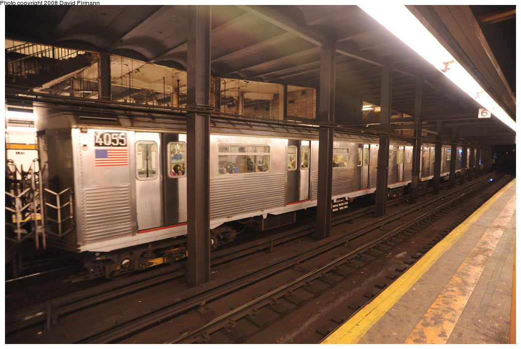 (259k, 1044x701)<br><b>Country:</b> United States<br><b>City:</b> New York<br><b>System:</b> New York City Transit<br><b>Line:</b> IND 8th Avenue Line<br><b>Location:</b> 145th Street <br><b>Route:</b> A<br><b>Car:</b> R-38 (St. Louis, 1966-1967)  4055 <br><b>Photo by:</b> David Pirmann<br><b>Date:</b> 8/27/2008<br><b>Viewed (this week/total):</b> 5 / 1472