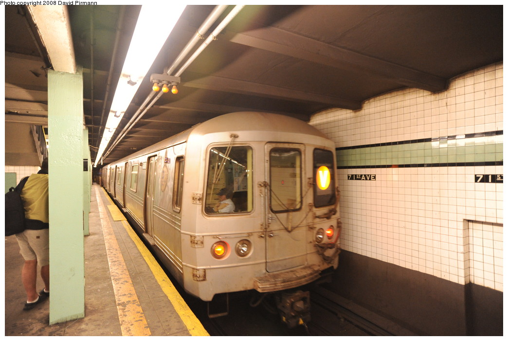 (244k, 1044x701)<br><b>Country:</b> United States<br><b>City:</b> New York<br><b>System:</b> New York City Transit<br><b>Line:</b> IND Queens Boulevard Line<br><b>Location:</b> 71st/Continental Aves./Forest Hills <br><b>Route:</b> V<br><b>Car:</b> R-46 (Pullman-Standard, 1974-75) 6088 <br><b>Photo by:</b> David Pirmann<br><b>Date:</b> 8/27/2008<br><b>Viewed (this week/total):</b> 2 / 948