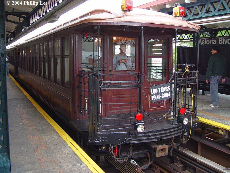 (117k, 800x600)<br><b>Country:</b> United States<br><b>City:</b> New York<br><b>System:</b> New York City Transit<br><b>Line:</b> BMT Astoria Line<br><b>Location:</b> Astoria Boulevard/Hoyt Avenue <br><b>Route:</b> Fan Trip<br><b>Car:</b> BMT Elevated Gate Car 1404-1273-1407 <br><b>Photo by:</b> Phillip Lee<br><b>Date:</b> 10/29/2004<br><b>Viewed (this week/total):</b> 0 / 1304