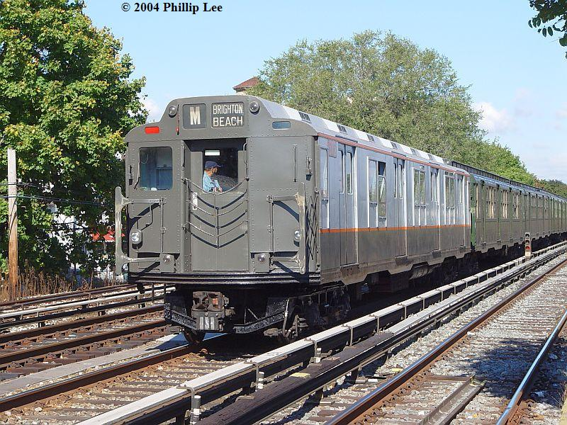 (160k, 800x600)<br><b>Country:</b> United States<br><b>City:</b> New York<br><b>System:</b> New York City Transit<br><b>Line:</b> BMT Brighton Line<br><b>Location:</b> Avenue U <br><b>Route:</b> Fan Trip<br><b>Car:</b> R-7A (Pullman, 1938)  1575 <br><b>Photo by:</b> Phillip Lee<br><b>Date:</b> 10/23/2004<br><b>Viewed (this week/total):</b> 1 / 1536