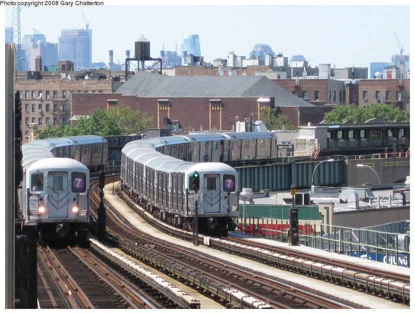 (177k, 820x620)<br><b>Country:</b> United States<br><b>City:</b> New York<br><b>System:</b> New York City Transit<br><b>Line:</b> IRT Flushing Line<br><b>Location:</b> 52nd Street/Lincoln Avenue <br><b>Route:</b> 7<br><b>Car:</b> R-62A (Bombardier, 1984-1987)  2139/2121 <br><b>Photo by:</b> Gary Chatterton<br><b>Date:</b> 8/31/2008<br><b>Viewed (this week/total):</b> 18 / 1334