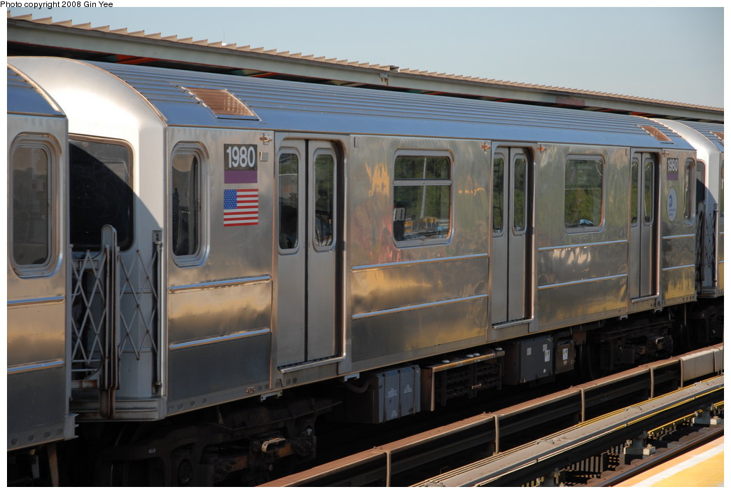 (205k, 1044x705)<br><b>Country:</b> United States<br><b>City:</b> New York<br><b>System:</b> New York City Transit<br><b>Line:</b> IRT Flushing Line<br><b>Location:</b> Willets Point/Mets (fmr. Shea Stadium) <br><b>Route:</b> 7<br><b>Car:</b> R-62A (Bombardier, 1984-1987)  1980 <br><b>Photo by:</b> Gin Yee<br><b>Date:</b> 9/8/2008<br><b>Viewed (this week/total):</b> 0 / 878