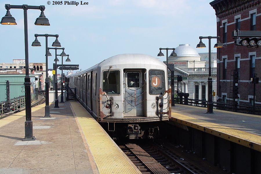 (120k, 900x600)<br><b>Country:</b> United States<br><b>City:</b> New York<br><b>System:</b> New York City Transit<br><b>Line:</b> BMT Nassau Street/Jamaica Line<br><b>Location:</b> Myrtle Avenue <br><b>Route:</b> J<br><b>Car:</b> R-42 (St. Louis, 1969-1970)   <br><b>Photo by:</b> Phillip Lee<br><b>Date:</b> 8/2/2005<br><b>Viewed (this week/total):</b> 0 / 766
